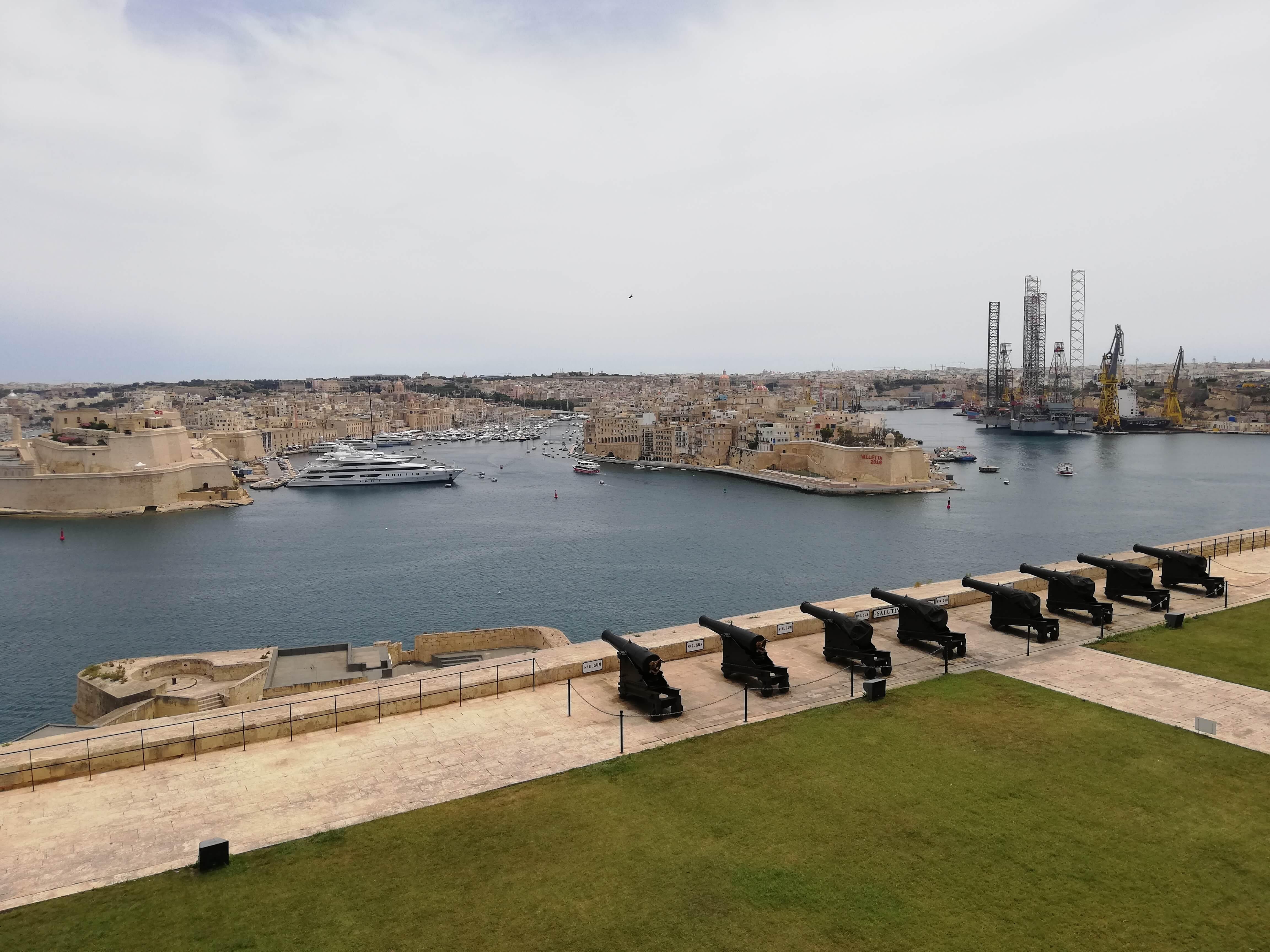 Saluting Batterys Valletta
