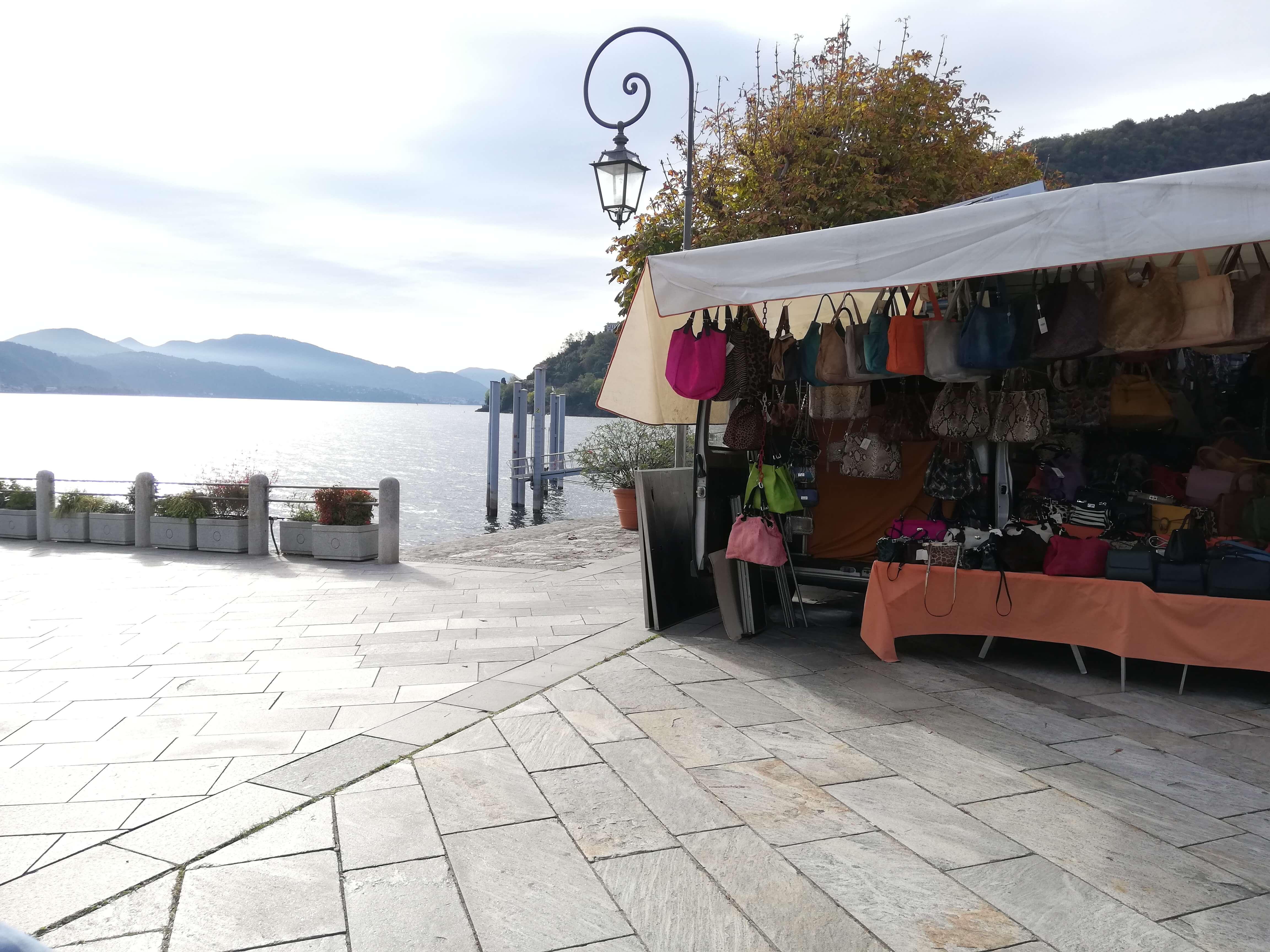 Markt in Cannobio Lago Maggiore