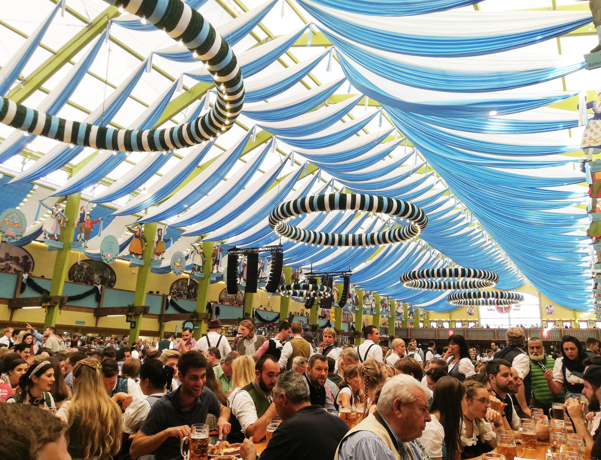 Oktoberfest München Festzelt